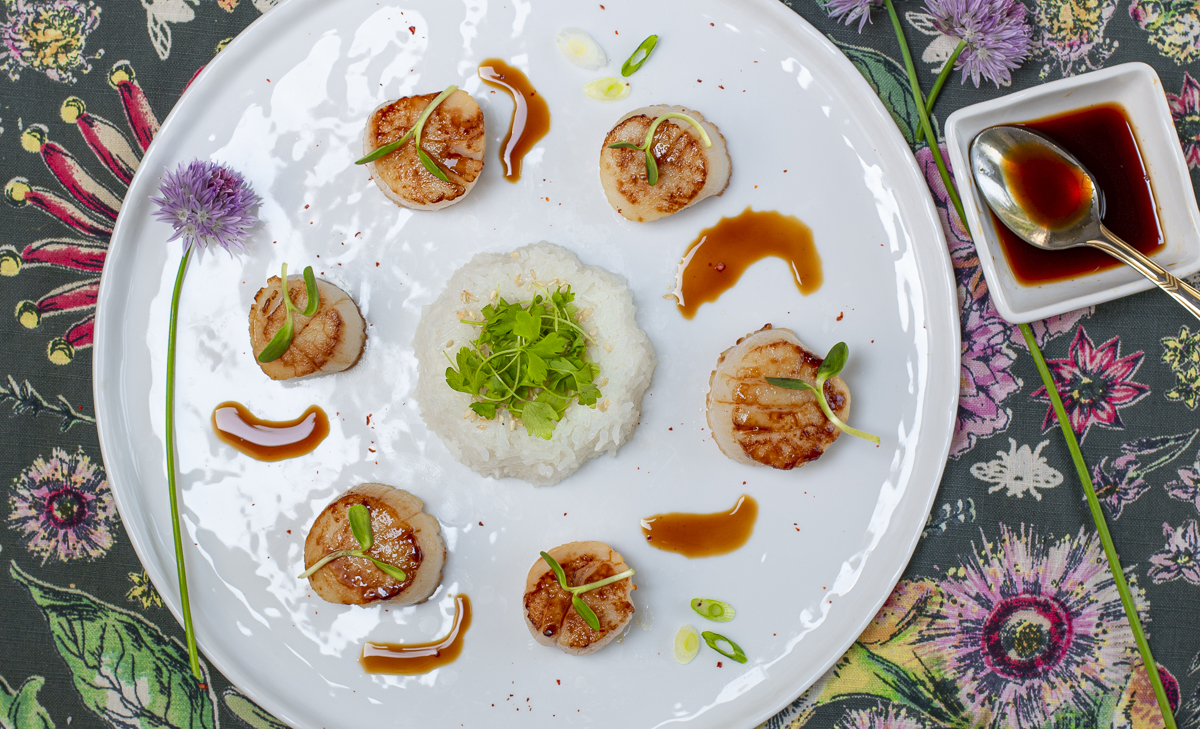 Seared Scallops with Karen's Zesty Ponzu Sauce and Steamed Rice