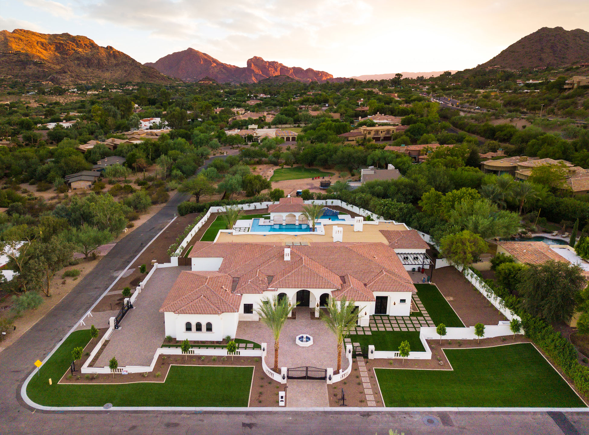 Search Paradise Valley