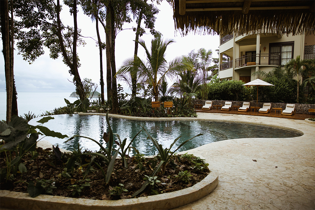 Arenas del Mar – 5th Night Free Packages from $1195 per person – Manuel Antonio, Costa Rica