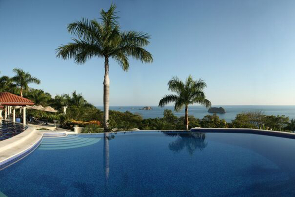 Parador Resort – 4th Night Free Packages from $725 – Manuel Antonio, Costa Rica
