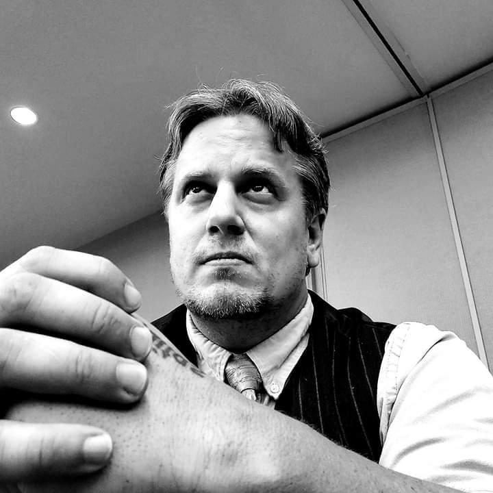 Meet the Cast: Jonathan Davis