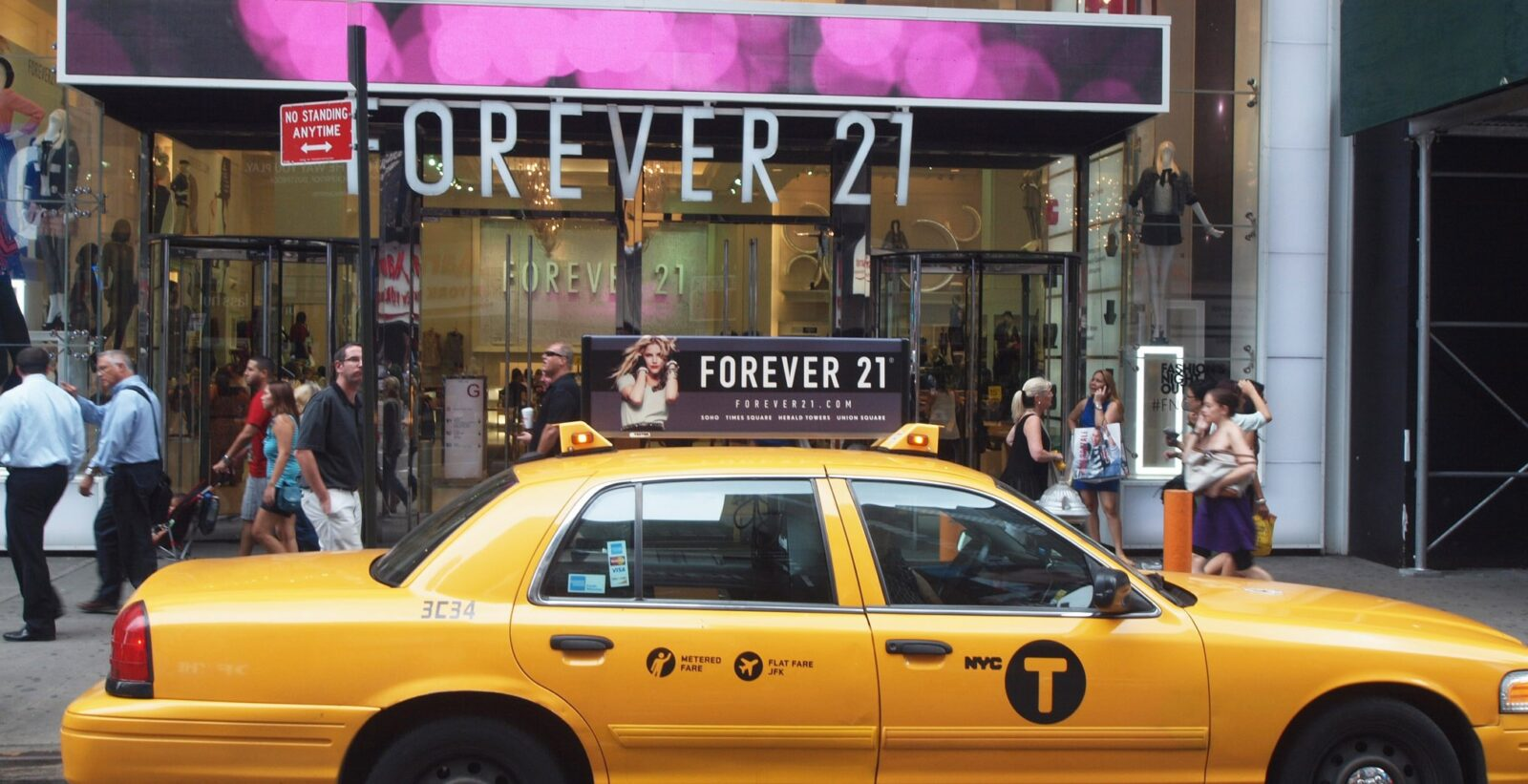 Forever 21 Taxi Top Advertising