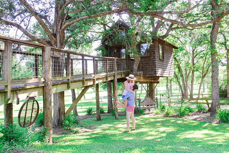 Texas Treehouse Getaway 1