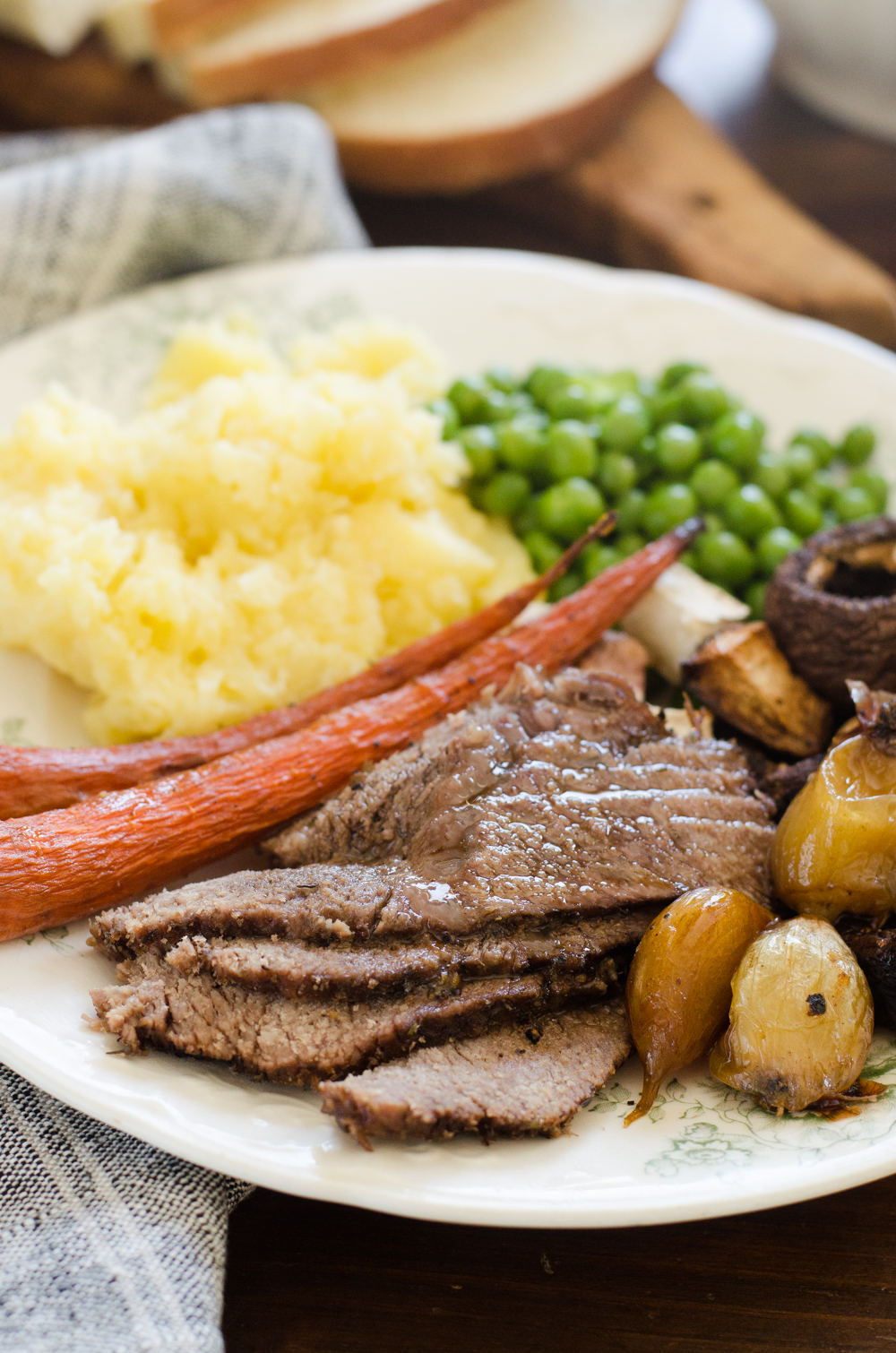 How to Cook a Roast Beef Dinner