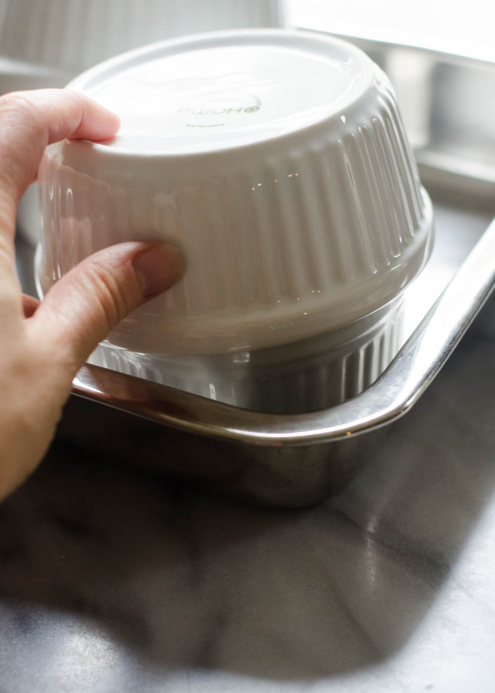 How to Roast Garlic Without Aluminum Foil - Learn how to easily roast garlic without wrapping it in aluminum foil!