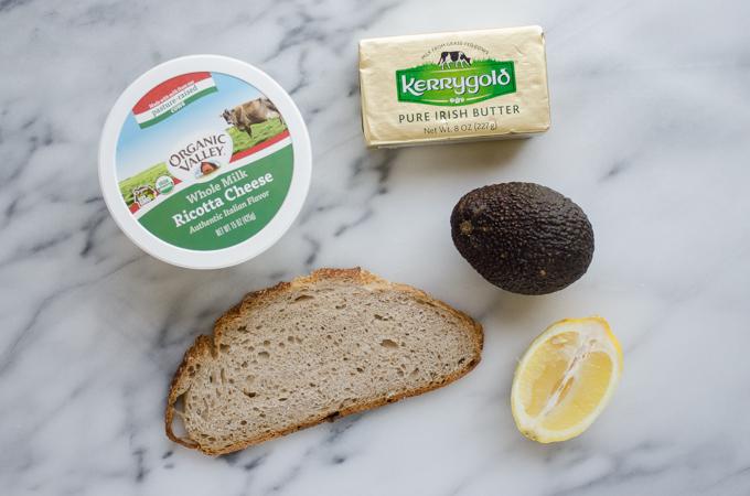 Ricotta Avocado Toast - an easy and delicious breakfast idea!