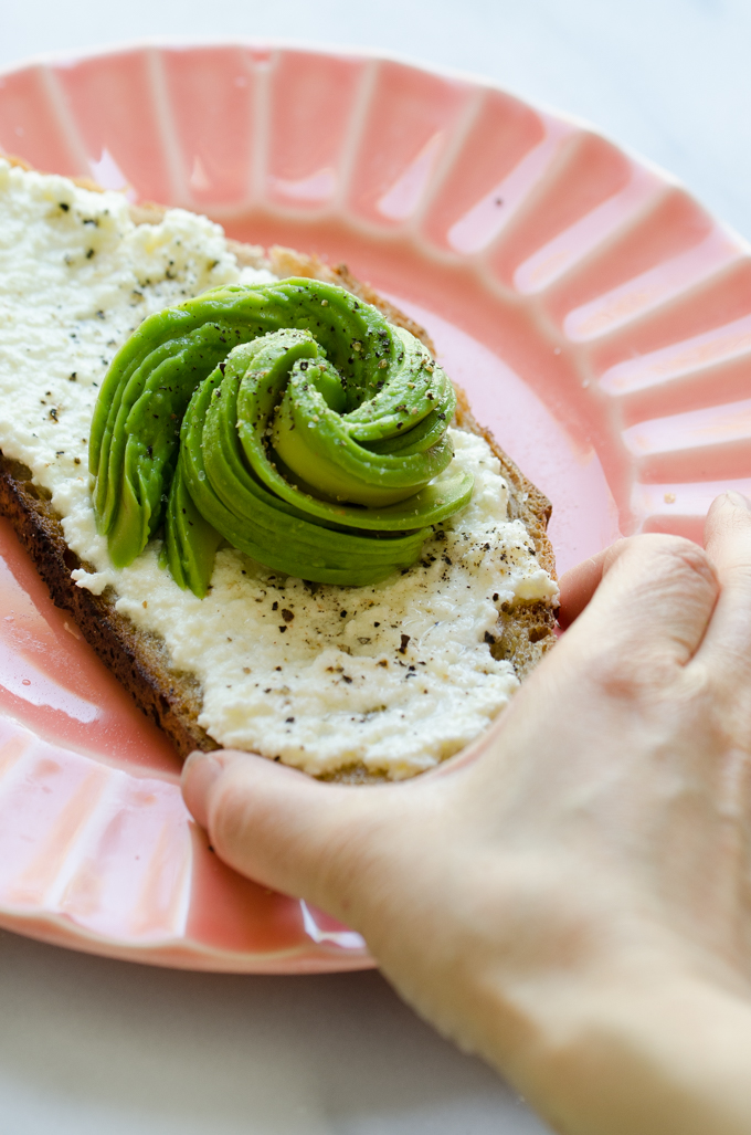 Ricotta Avocado Toast - an easy and delicious breakfast idea!