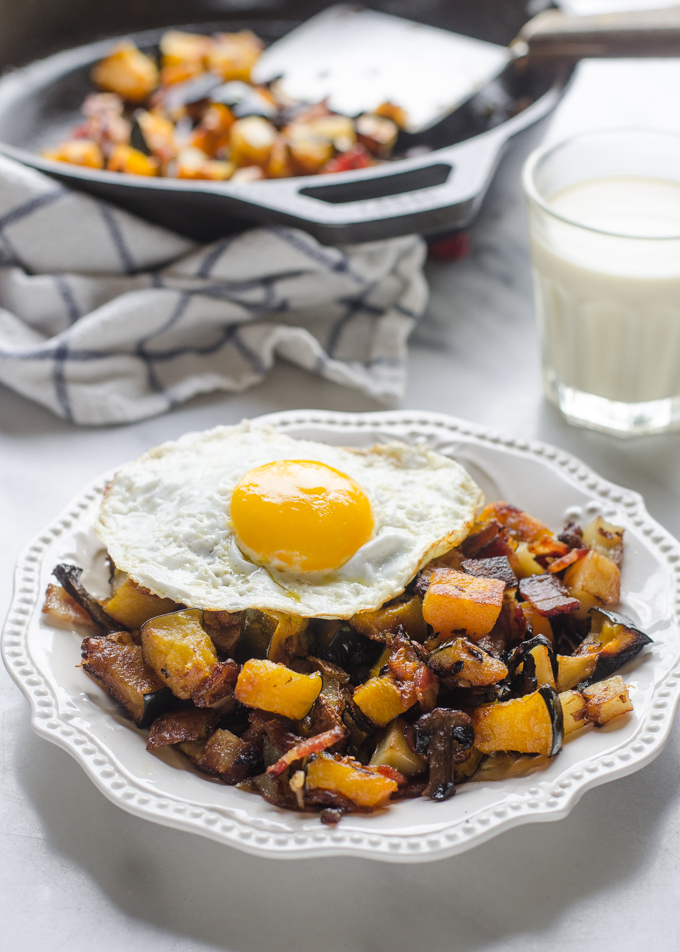 Roasted Squash and Bacon Hash - and easy, healthy, and delicious breakfast idea!