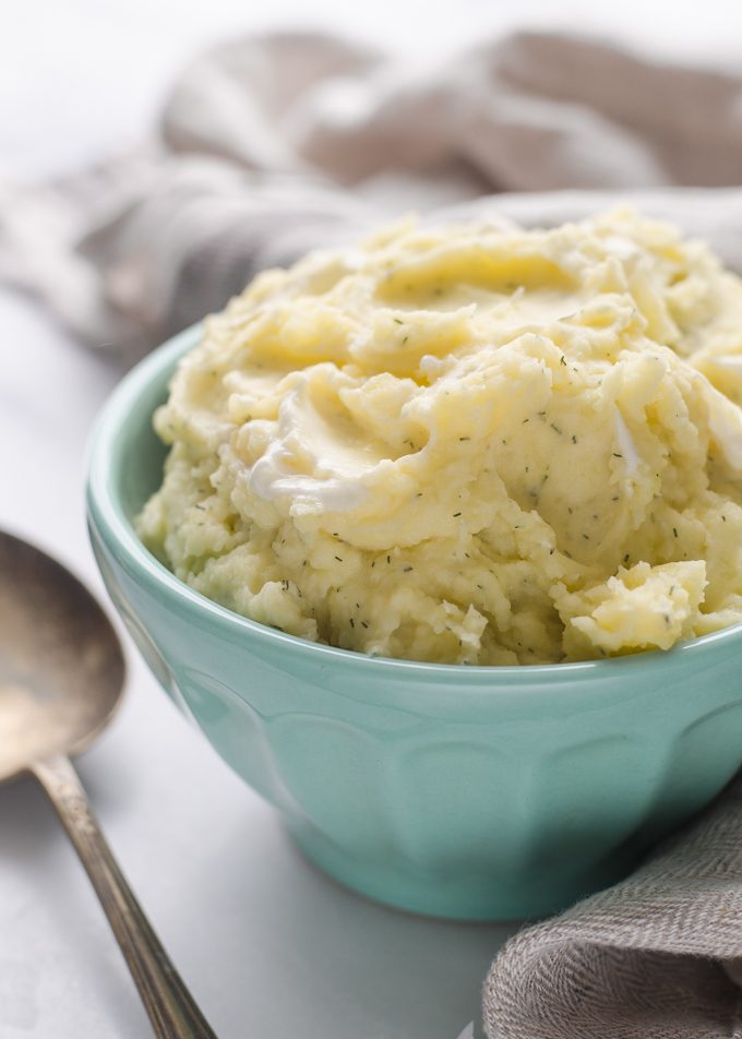 Sour Cream and Dill Mashed Potatoes