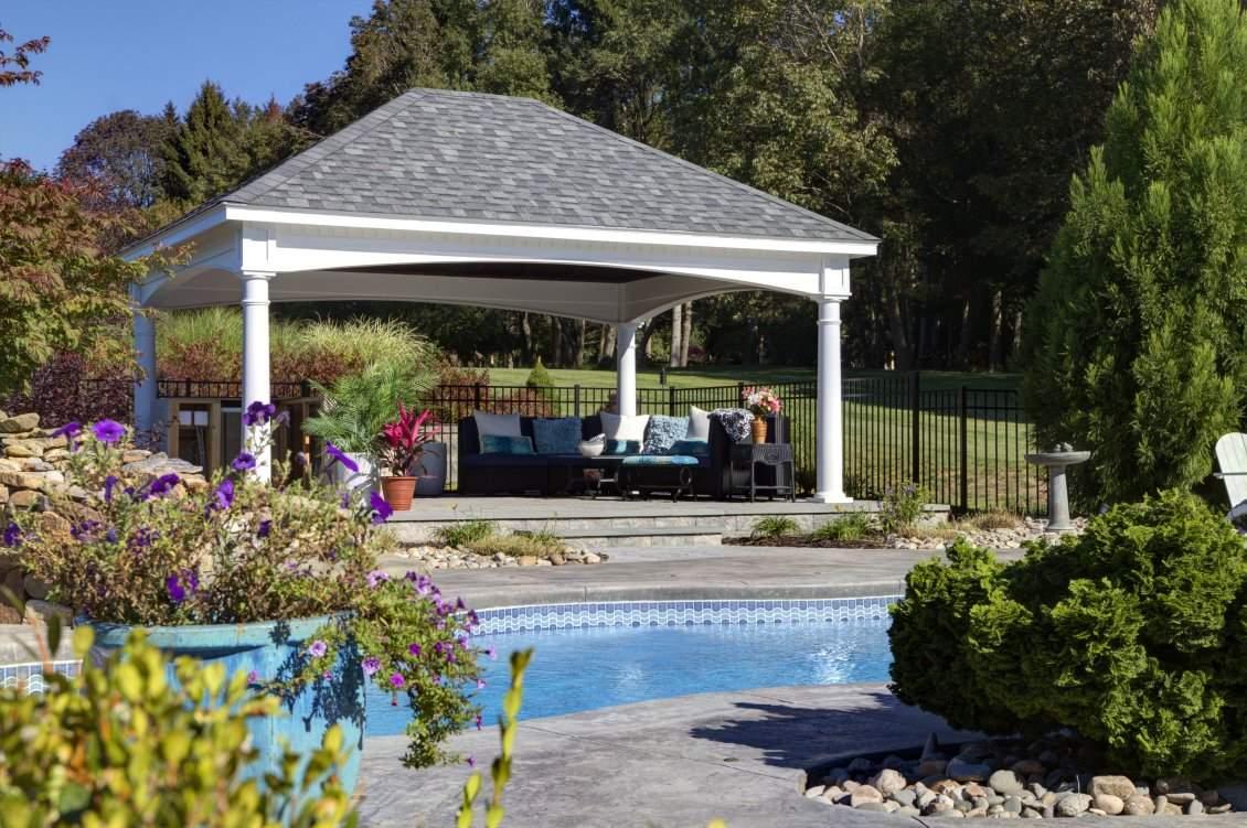 Hampton White Pavilion