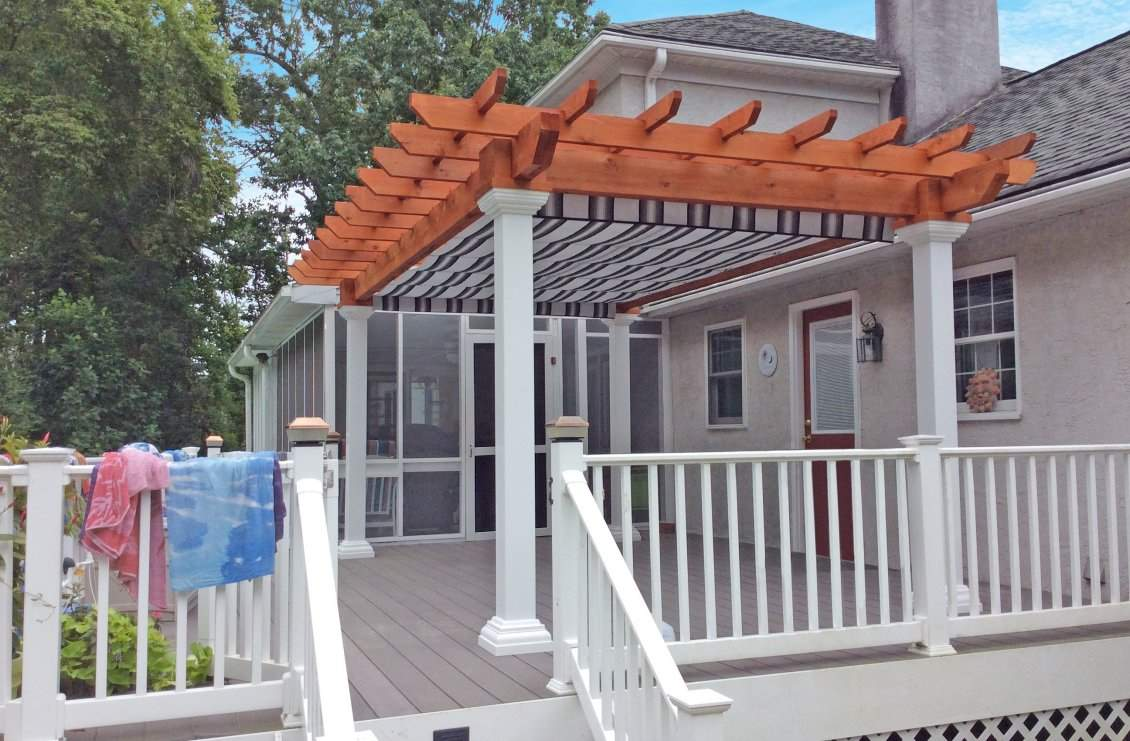 Artisan Wood Pergola with EZ Shade