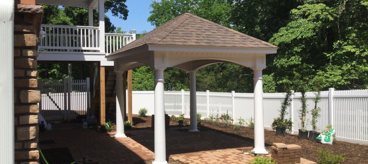10 x 14 vinyl Pavilion with round columns