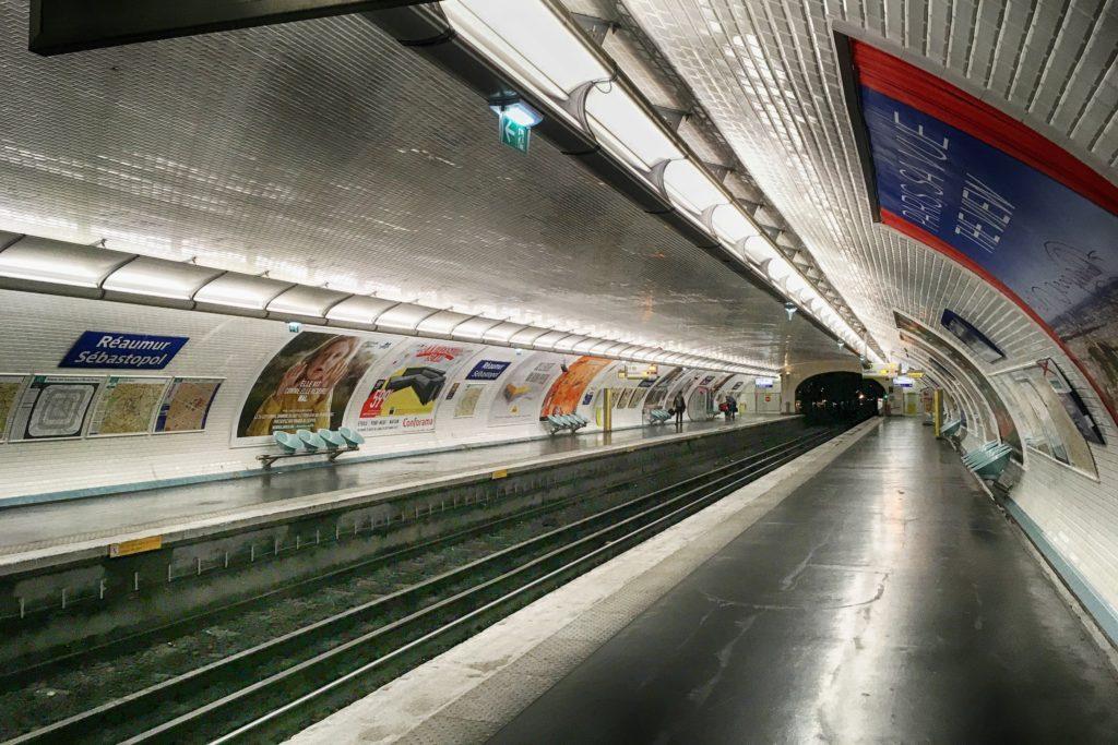 Paris metro tunnel