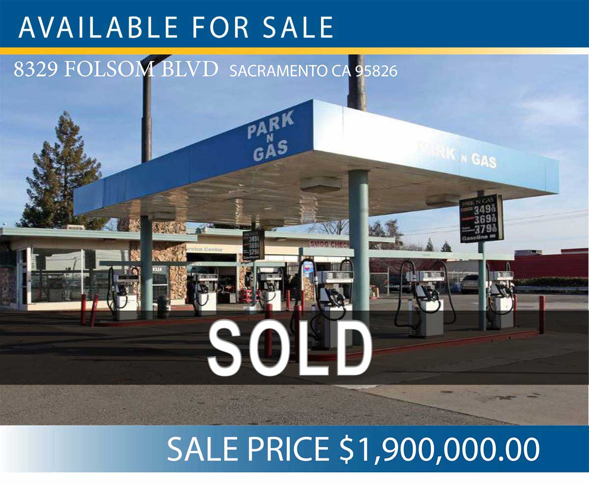 8329 FOLSOM BLVD SACRAMENTO CA 95826 • 3,013 SF | 0.63 ACRES • Excellent Ingress and Egress to Main Arterials • Signalized Intersection PRICE $1,900,000.00