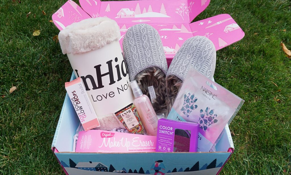 FabFitFun 2019 Winter Box