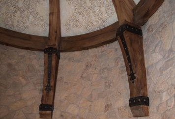 BRACKETS-CORBELS-AND-FINIALS2