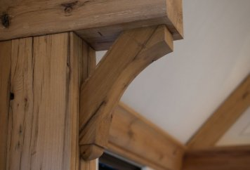 BRACKETS-CORBELS-AND-FINIALS3