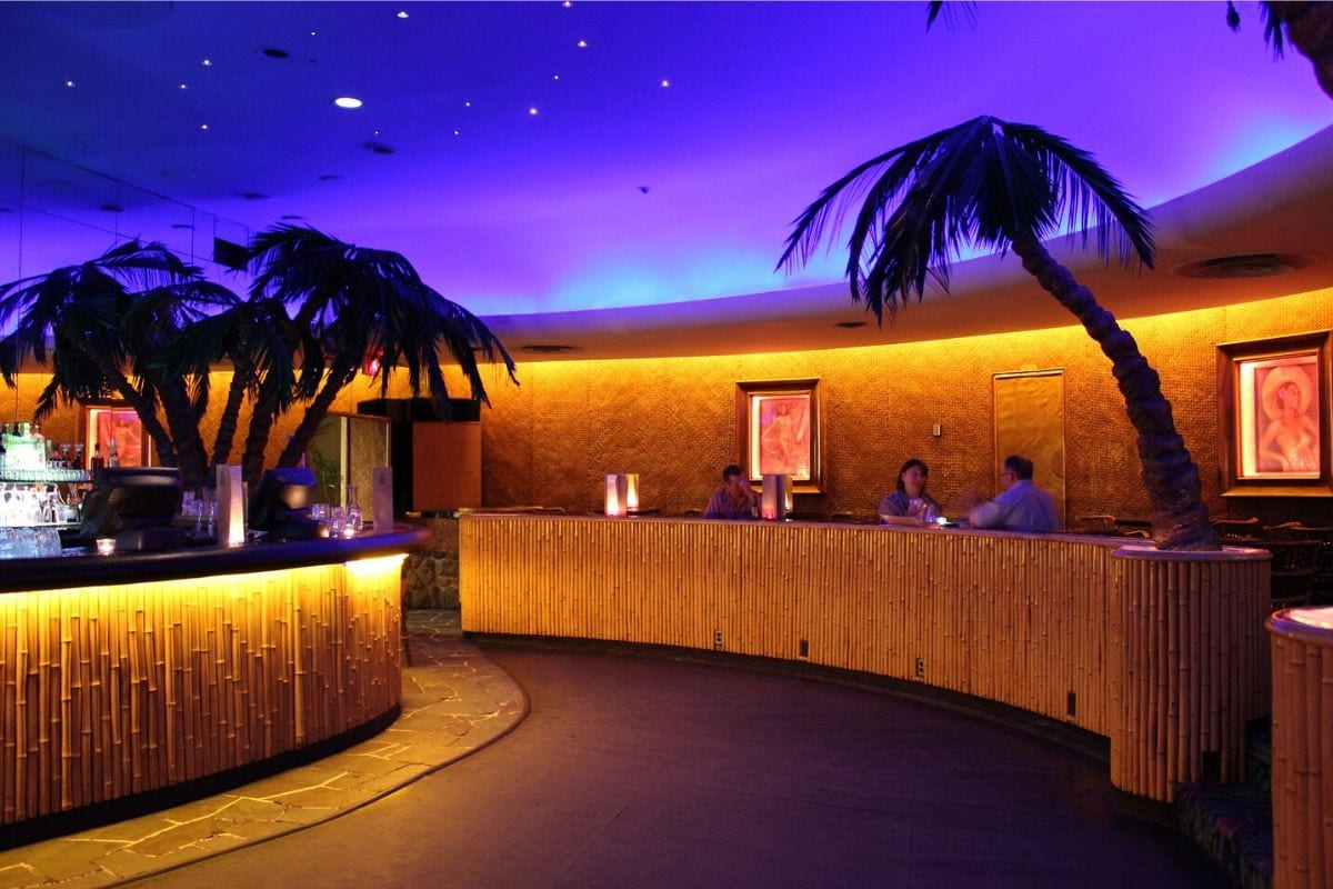 An example of a luxurious tiki bar design.