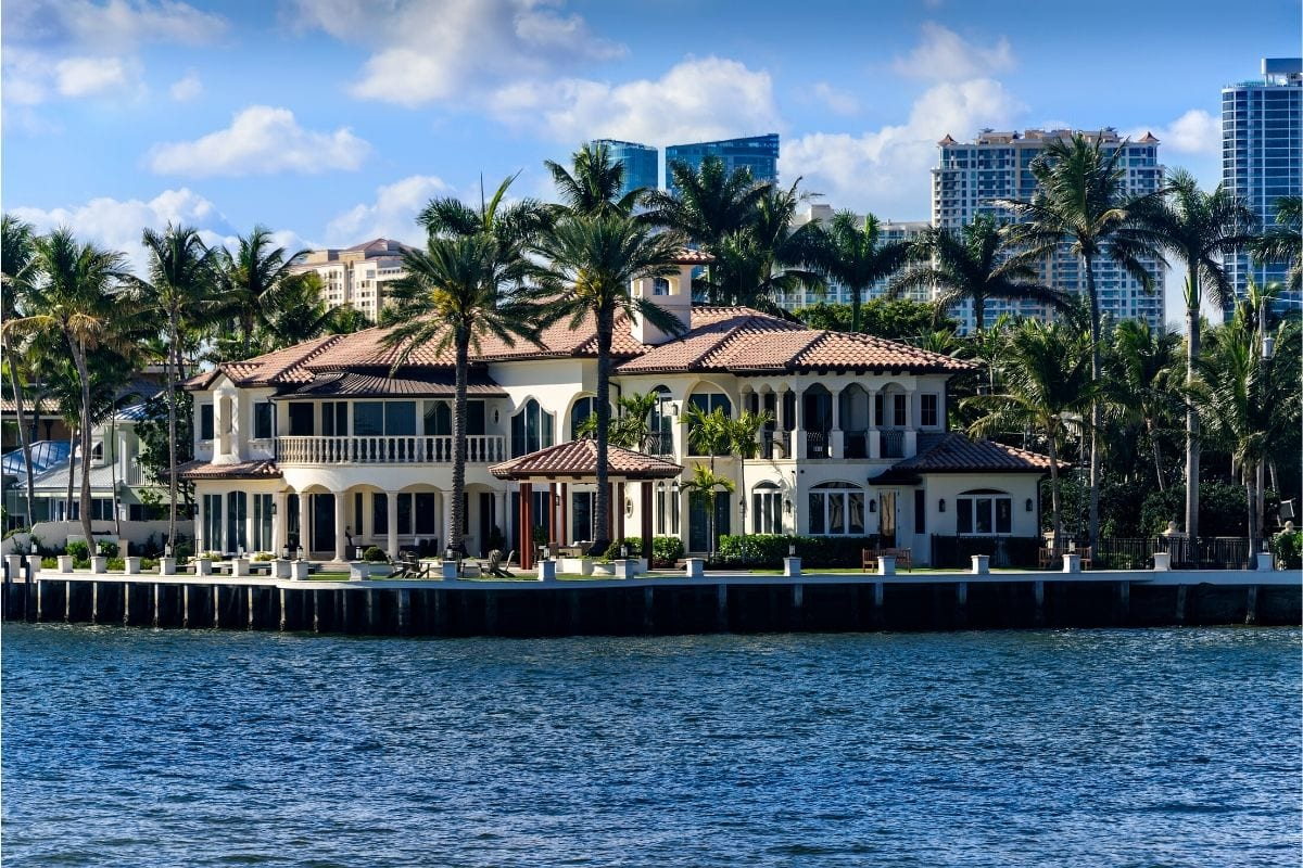 An example of a very expensive house in Florida.