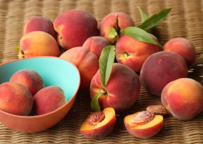 Accurate Non-Destructive Prediction of Peach Fruit Quality
