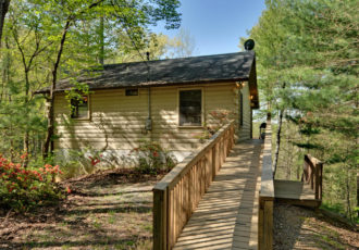 sliding rock cabin rental