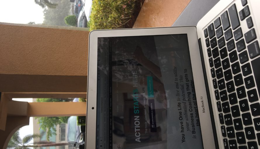 Action Laptop