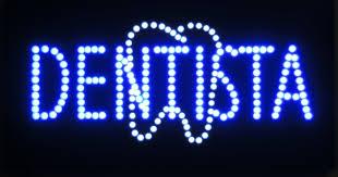 anuncio de dentista neon