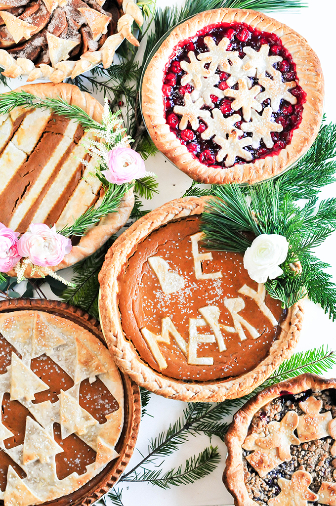 DIY Holiday Pie Crust Designs by @theproperblog