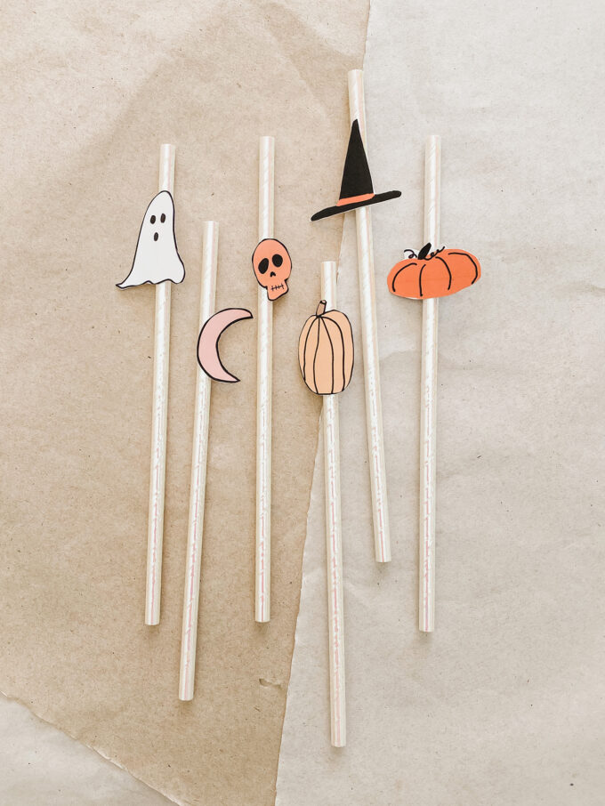 printable spooky straws accessories for halloween on flatlay