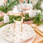 Modern Woodland Holiday Tablescape \\ Happy HoliDIYs