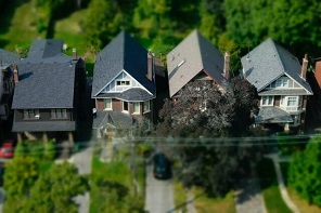 how to identify roof wind damage