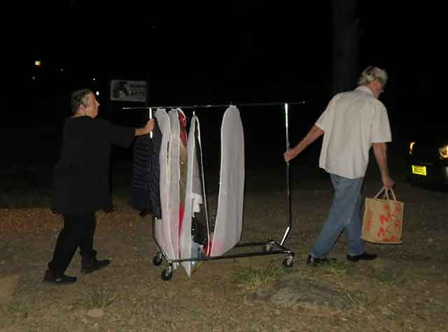 Costume-delivery-opt