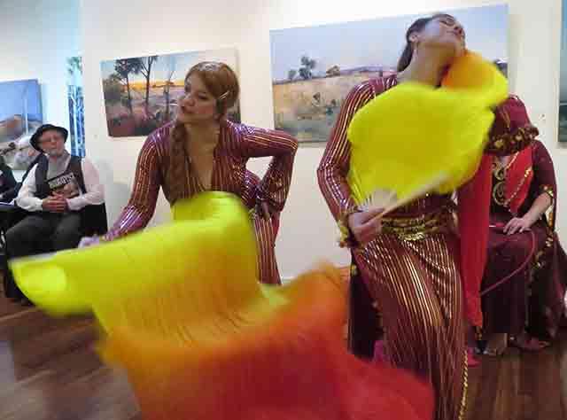 arabian-dancers-opt