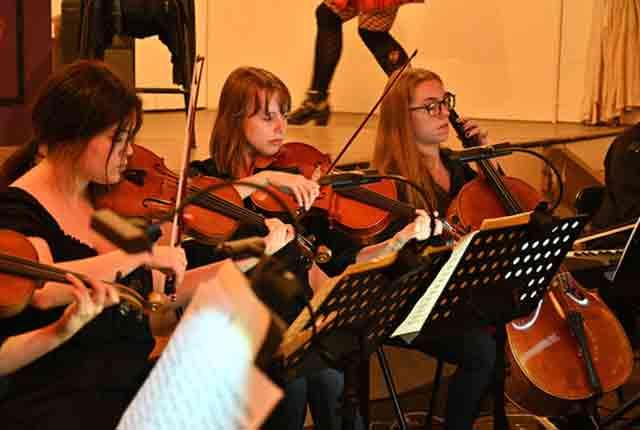 violinists-opt