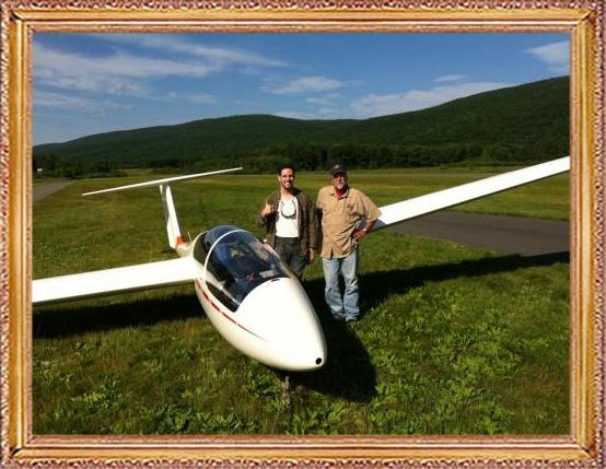 Steven-Flies-a-Glider-275
