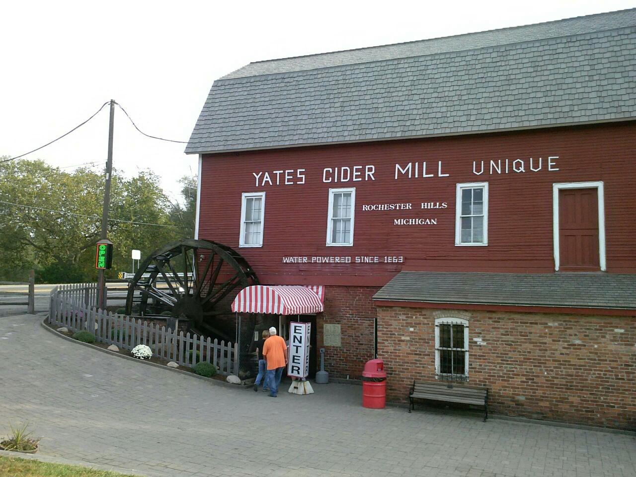 Yates Cider Mill in Rochester Hills, MI