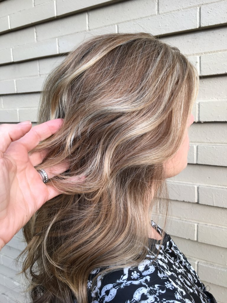 1, 2, 3, 4 Simple and Easy Ways to Update Your Hairstyle