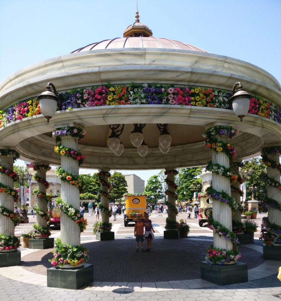 Tokyo Disneyland, Tokyo Disney Sea, traveling with kids, Family travel, Disney Themeparks,