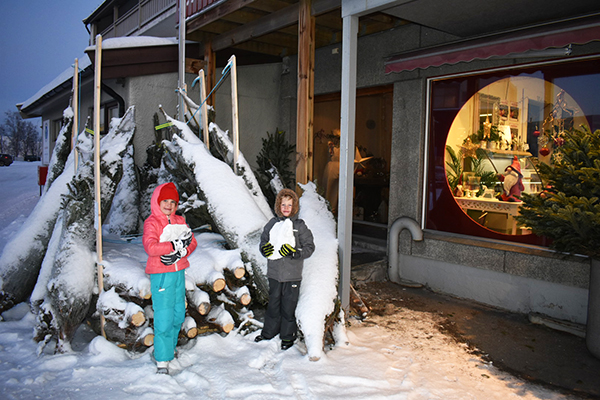 Kirkenes, Norway, Christmas in Norway, Winter in Norway, Russia, Northern Lights, traveling with kids, family travel, creating family memories,