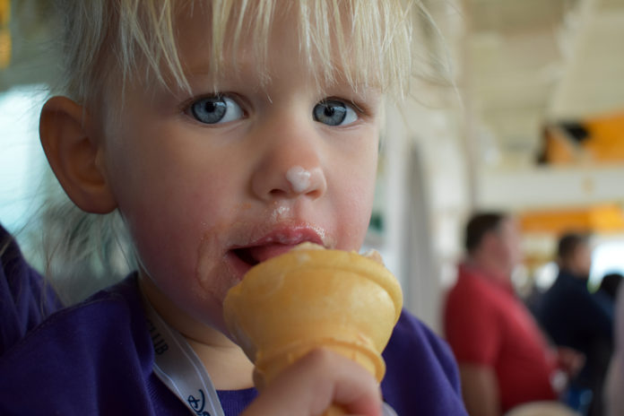 Disney Cruise, Eye Scream, Quick Service Dining Options, Eating on a Disney Cruise, Ice Cream, Pizza, Shawarma, Diapers on a plane, Diapersonaplane, Traveling with kids, family travel, world schooling
