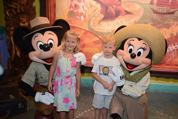 Picture with Mickey and Minnie, the Best Attractions at Animal Kingdom