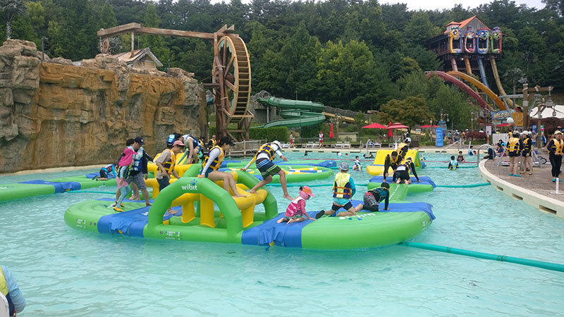 Caribbean Bay Obstacle Course: Korean Water Park