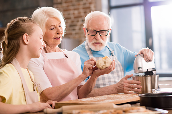 independent seniors cooking