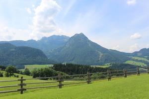 mountains-455197_1280