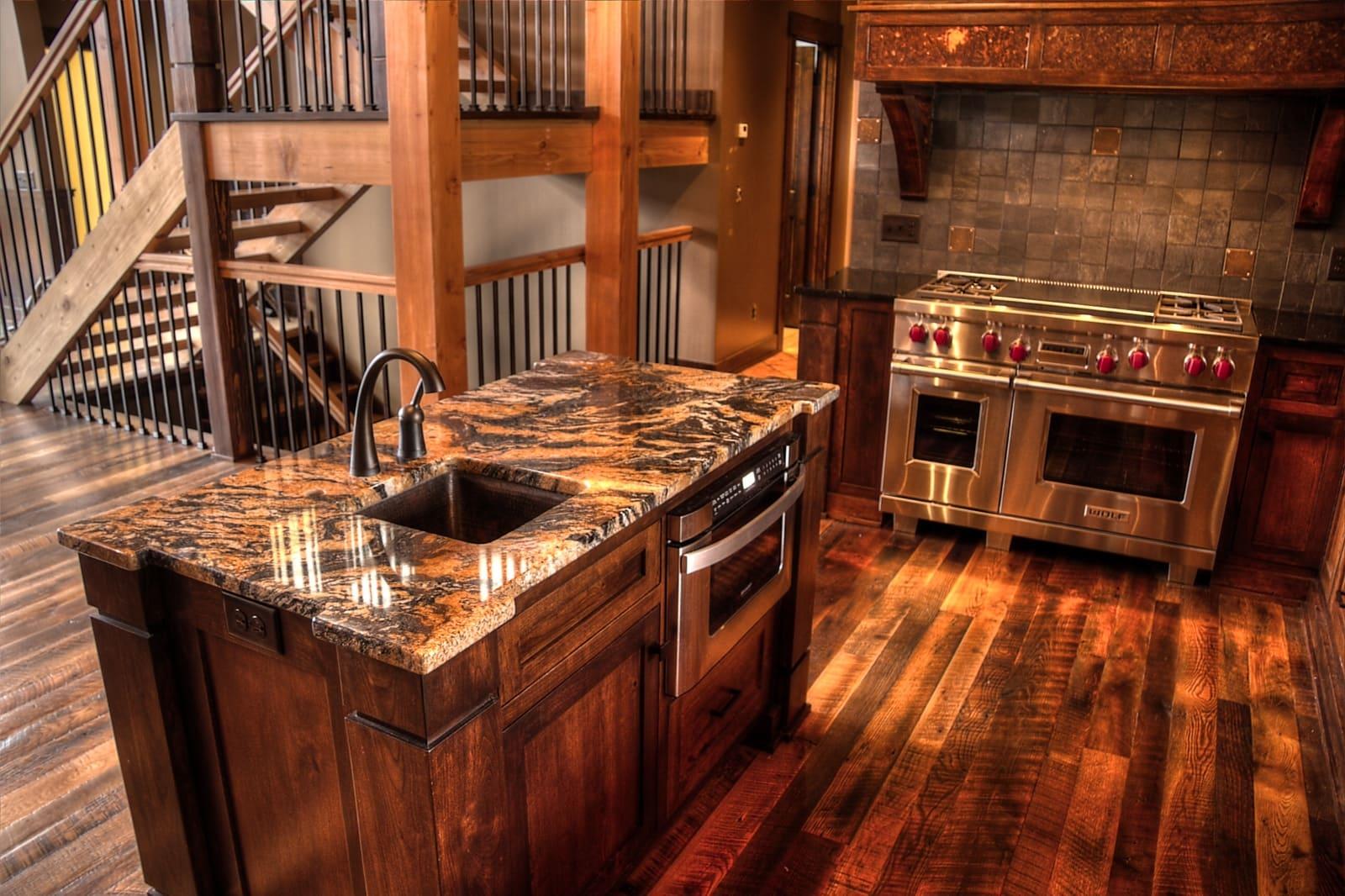 red oak reclaimed wood flooring