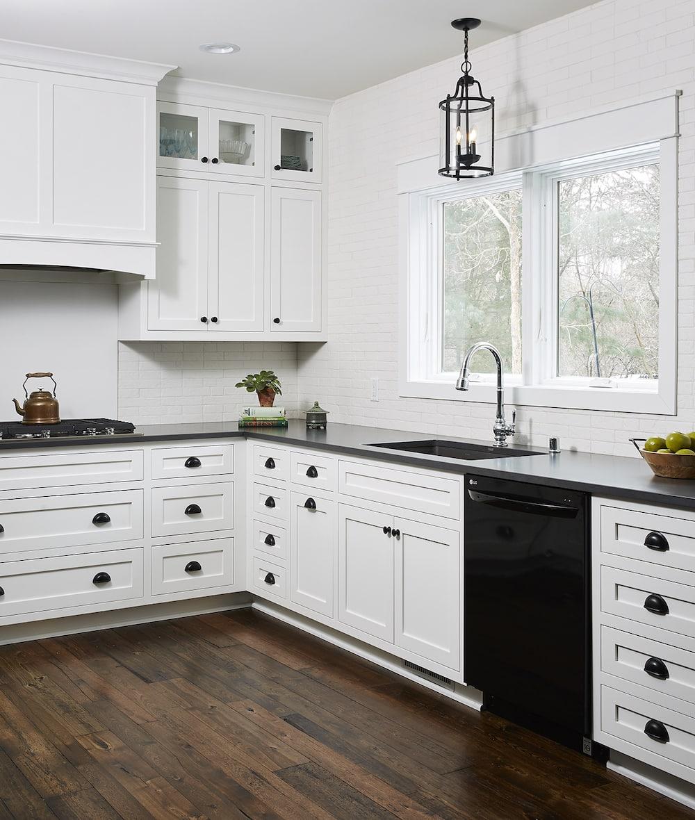 Antique-Elm-Flooring-in-kitchen
