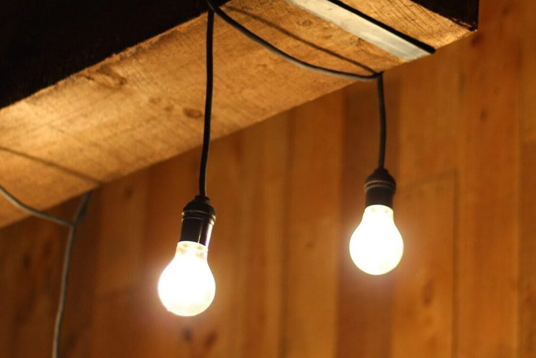 Our 3 Favorite Ways to Incorporate Reclaimed Wood Light Fixtures