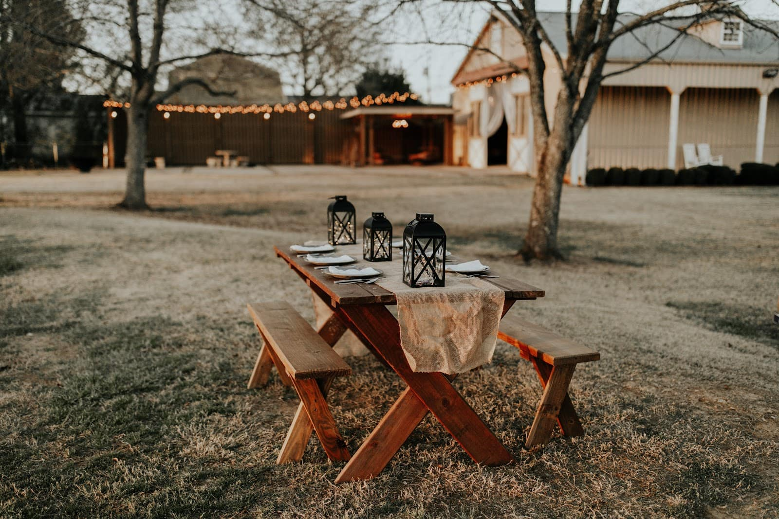 DIY Reclaimed Wood Bench and Table