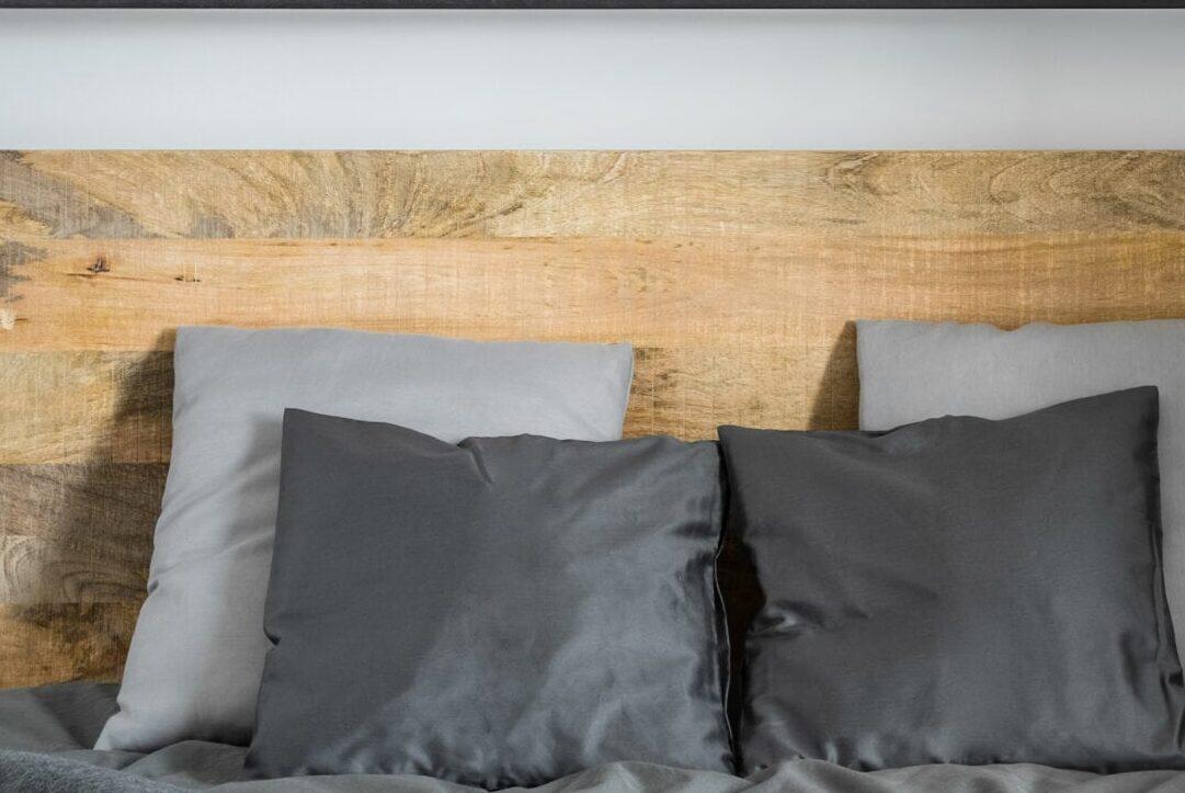 reclaimed wood headboard inspo
