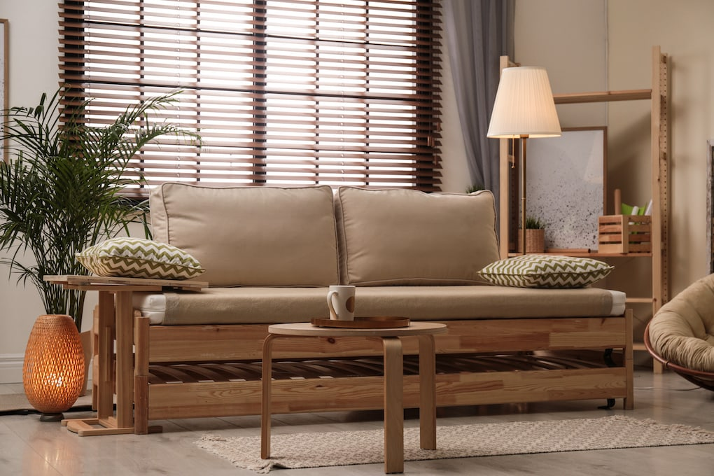 Reclaimed Wood Sofa Guide + Pro Design Tips & Pics